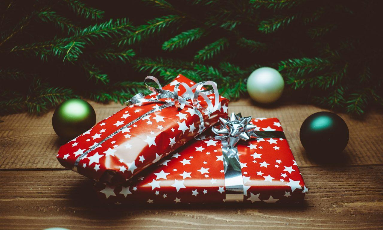 Die Schlechtesten Weihnachtsgeschenke.5 Skurrile Geschenke Die Du Deinen Wunschlosen Freunden Schenken